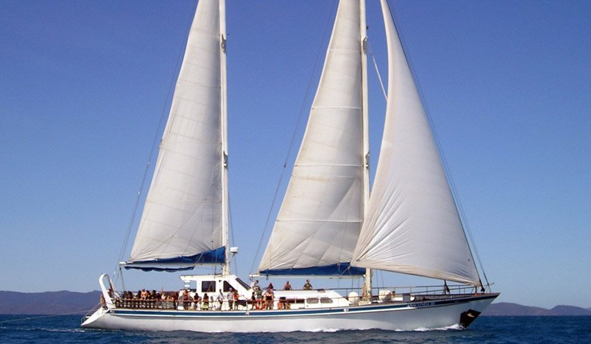 Anaconda III: 3 Day / 3 Night Whitsundays & Outer Great Barrier Reef » Travellers Contact Point